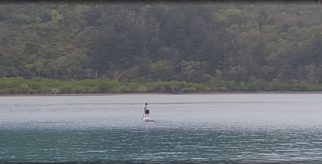 Sanna stand up paddle boarding